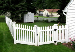 residential Georgia straight pvc fence
