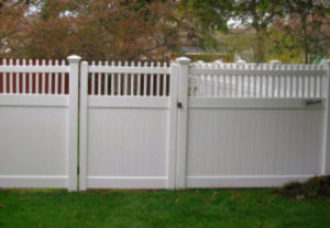 residential new mexico straight pvc fence