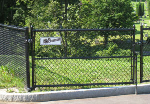 Black Vinyl Coated Chain Link commercial Fence