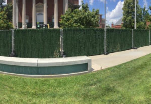 chain link temporary fence with hedge link privacy slats